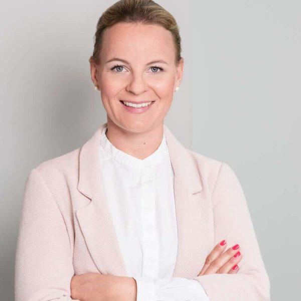 Anike Oleski, Apothekerin und Inhaberin MediosApotheke